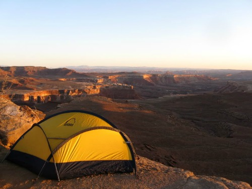 One person Four Season Tent & Tent Backpacking - www.backpack-and-gear.com